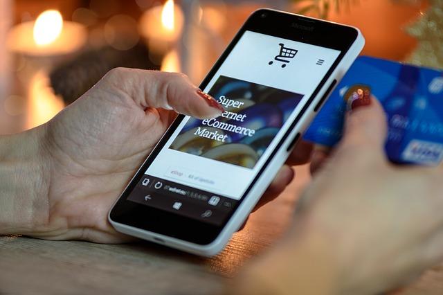 nákup mobilem