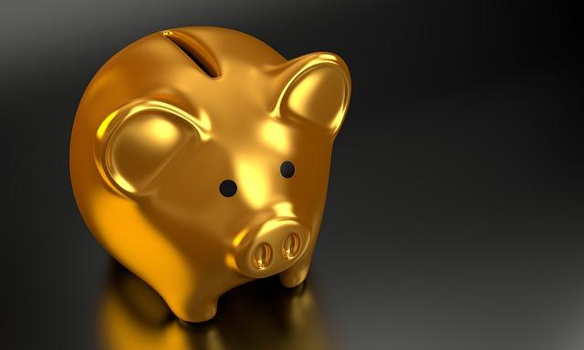 Pokladnička, zlaté prasiatko.jpg